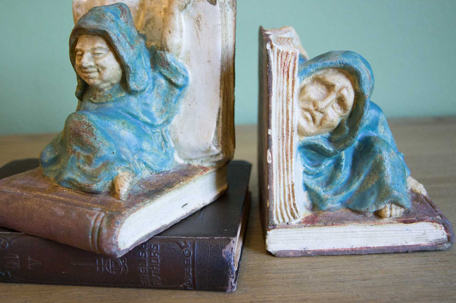 Bookends---Tipsey-Monks-20